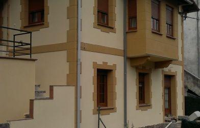 Fachada en vivienda unifamiliar · Amurrio